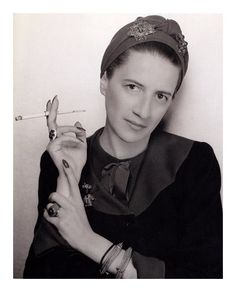 """Diana Vreeland """"Don't look back. Give ideas away. Under every idea there's a new idea waiting to be born."""""""