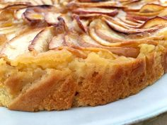 The easiest apple pie in the world - Post: The easiest apple pie in the world -> apple cake, apple dessert, apple tart, easy fruit tart, - Sweets Recipes, Apple Recipes, Cupcake Recipes, Fun Desserts, Cooking Recipes, Cheesecake Factory Recipes, Chocolate Cheesecake Recipes, Easy Fruit Tart, Bread Pudding With Apples
