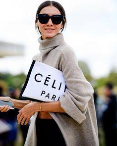 paris street style 2018 - best of paris fashion week street style Fashion Week Paris, Paris Street Fashion, Korean Street Fashion, Winter Fashion, Street Style Trends, Street Style 2018, Outfits Otoño, Trendy Outfits, Celine Logo