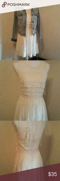 Lauren Conrad lacy dress cute lacy dress nwt but does have a slight mark on front otherwise perfect condition Lauren Conrad Dresses Mini