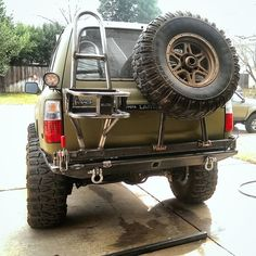 almost_done_with_the_new_rear_bumper_for_the (1520×1520)