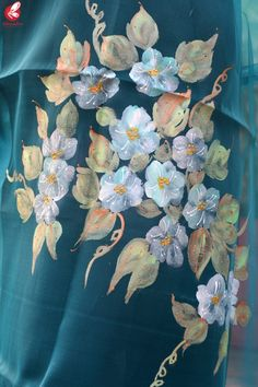 Shop Teal Green Organza Floral Handpainted Stole - Stoles Online in India Hand Painted Sarees, Hand Painted Fabric, Fabric Colour Painting, Fabric Painting, Saree Painting Designs, Dream Painting, Paint Designs, Flower Art, Printing On Fabric
