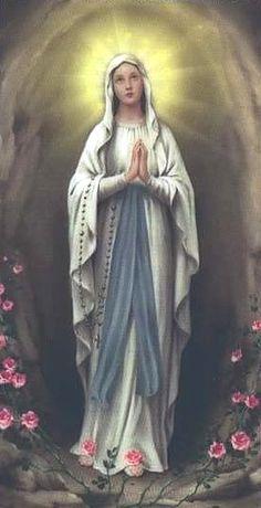 """""""Nos deste a Tua Mãe como nossa, para que nos ensine a meditar e adorar no coração. Ela, recebendo a Palavra e colocando-a em prática, fez-se a mais perfeita Mãe"""". (São João Paulo II - O papa das famílias)"""