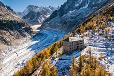 Overlooking the La Mer de Glace, the Terminal Neige Refuge du Montenvers Hotel has been housing mountaineers and travelers of France since Each of. Hotels In France, Chamonix Mont Blanc, Destinations, Tourist Office, Hiking Tours, Refuge, Destination Voyage, Cheap Hotels, Romantic Travel