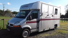 This 2006 #RenaultMaster #horsebox carries up to two horses | For sale on #HorseDeals