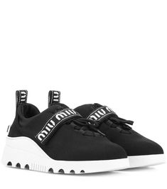 601134f60027 90 melhores imagens de Dad Sneaker ugly chic | Tênis, Sapato e ...