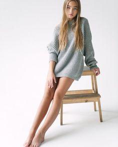 Very popular Russian model Anastasia Bezrukova… Young Girl Models, Teen Models, Child Models, Preteen Girls Fashion, Teen Fashion, Cute Young Girl, Cute Girls, Anastasia, Teen Girl Poses