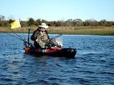 landing-fish-in-a-kayak