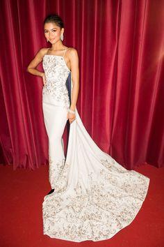 July 3, 2017 - HarpersBAZAAR.com Zendaya Outfits, Zendaya Style, Celebrity Outfits, Celebrity Style, Zendaya Dress, Miranda Kerr, Taylor Swift, Zendaya Coleman, Prom Dresses