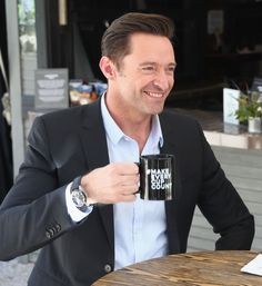 Hugh Jackman Photos - Hugh Jackman discusses how social entrepreneurs inspire change at the Laughing Man Coffee 'Make Every Cup Count' Launch Event at SXSW at Lucille on March 2018 in Austin, Texas. - Laughing Man Coffee At SXSW Hugh Jackman Coffee, Cute Celebrities, Celebs, Laughing Man Coffee, Hugh Michael Jackman, Australian Actors, Australian People, The Greatest Showman, Anos 80