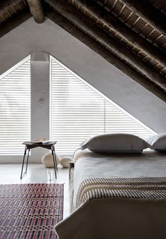 Attic Bedroom / great space photographed by Nicolas Mathéus. via Emmas Designblogg.