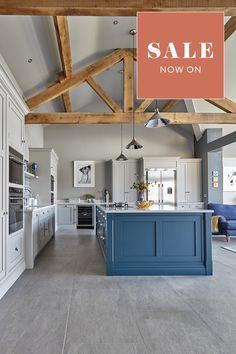 Kitchen Tiles, New Kitchen, Kitchen Island, Kitchen Decor, Kitchen Design, Bespoke Kitchens, Luxury Kitchens, Home Kitchens, Barn Conversion Kitchen