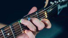 ギターの指を置く場所をLEDランプで教えてくれる「Fret Zeppelin」 - GIGAZINE - http://gigazine.net/news/20170117-fret-zeppelin/