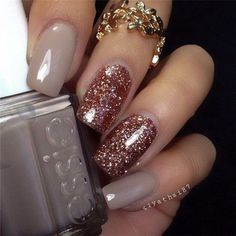 Rose Gold Glitter Nail Art Design.