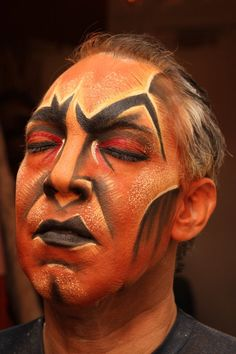 Laura Sill | thom sesma at the lion king in las vegas! Amazing Stage makeup!!