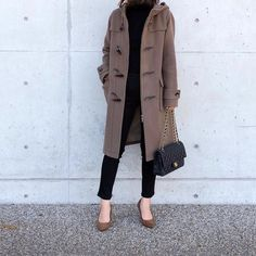 What if an adult wears a duffel coat? - What if an adult wears a duffel coat? | MINE - Trendy Fashion, Winter Fashion, Fashion Trends, Ladies Fashion, Fashion Ideas, Spring Outfits, Winter Outfits, Ribbed Knit Dress, Outfit Posts