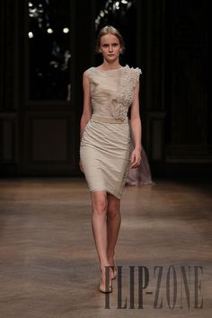 Georges Hobeika Fall-winter 2011-2012 - Couture - http://www.flip-zone.com/georges-hobeika-2289