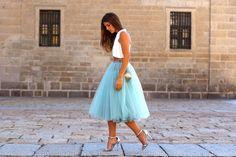 trendy_taste-look-outfit-street_style-AW13-white_top-top_blanco-tutu-verde_agua-aquamarine-silver_sandals-sandalias_plata-mas34-silver_handbag-bolso_plata-smart-wedding-dress-boda-vestido-polaroid-10