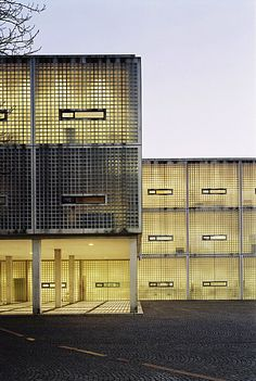 Wiel Arets, Academy of Architecture, Maastricht | Gridded metal facade #architecture