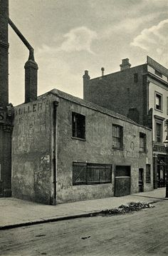 Old Smithy, Bell St, Edgware Rd, demolished by Baker St & Edgware Railway #London