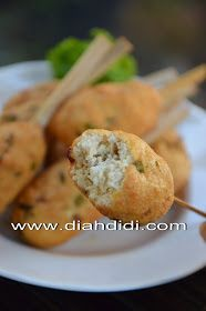 Diah Didi's Kitchen: Pentul Tahu Udang Goreng Diah Didi Kitchen, Indonesian Food, Indonesian Recipes, Kids Meals, Baked Potato, Sandwiches, Muffin, Traditional, Snacks