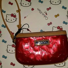 Nwt calvin klein wristlet bag NWT Calvin Klein wristlet bag Calvin Klein Bags Clutches & Wristlets