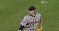 Tim Lincecum's unforgettable reaction to hitting the home plate umpire | For The Win