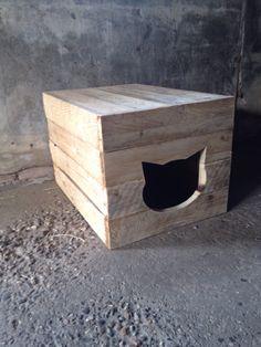 Ombouw voor kattenbak van pallethout