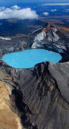Crater Lake, Mt Ruapehu, Tongariro - NZ