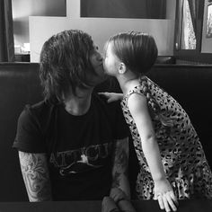 Aww this is the CUTEST THING EVER!!! Kellin and Copeland!