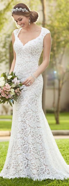 Stella York full lace long wedding dress / http://www.deerpearlflowers.com/lace-wedding-dresses-and-gowns/4/