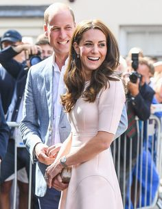 Prince William told a woman during his visit to Cornwall with Duchess Kate Middleton on Thursday, September that he thought his mother, the late Princess Diana, 'was better looking' than him — read Kate Middleton Prince William, Prince William And Kate, William Kate, Prince Harry And Meghan, Duke William, Duke And Duchess, Duchess Of Cambridge, Prince William Girlfriends, Looking Dapper