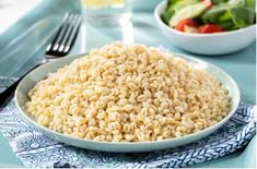 Başbaşılı Bulgur Pilavı Snack Recipes, Snacks, Grains, Food, Bulgur, Tapas Food, Appetizer Recipes, Appetizers, Meal