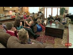 Duggar Dinner Theater | 19 Kids and Counting
