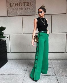 How to Wear Green Pants to Create Stylish Outfits #greenpants #outfit #idea #style #fashion
