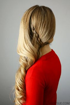 Side-swept Holiday Curls