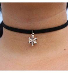 fca9e8cb7 N889 Pendant Chokers Necklaces For Women Black Velvet Suede Gothic Punk  Collares Fashion Jewelry Snowflake Bijoux