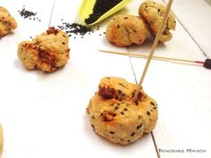 Recette de Cookies au sésame noir et chorizo : la recette facile
