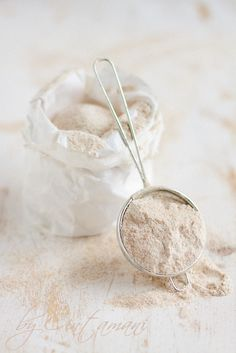 Atta flour. by Cintamani, GreenMorning.pl on Flickr.