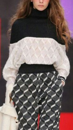 Ideas For Knitting Fashion Design Knitwear Knitwear Fashion, Knit Fashion, Fashion Outfits, Womens Fashion, Knit Vest Pattern, Techniques Couture, Black White Fashion, Knitting Designs, Winter Fashion