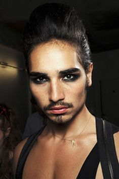 """femmeswithbeards: """" mcqueenlovesme: Willy Cartier - Jean Paul Gaultier Backstage """" *fights air* give him twenty years then give him to me, please. Male Makeup, Makeup Art, Fairy Makeup, Mermaid Makeup, Drag King Makeup, Willy Cartier, Runway Makeup, Montage Photo, Theatre Makeup"""