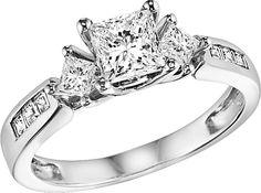 Princess cut 3 stone diamond engagement ring