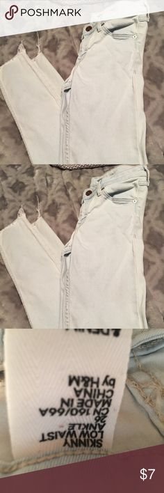 H&M jeans Cute white wash jeans.  Size 26. Low waist cut off ankle jeans. Adorable. Have a tony stain when I got them which can probably be bleached. They were too short for my daughter so she never wore them. H&M Jeans Ankle & Cropped
