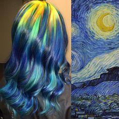 Há uma noite estrelada, brilhando através das mechas de cabelo de uma mulher. É possível que Van Gogh aprovaria esta ideia em homenagem à sua pintura mais famosa.