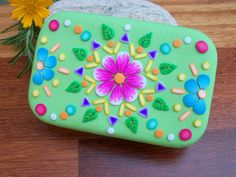 Hey, I found this really awesome Etsy listing at https://www.etsy.com/listing/187291004/polymer-clay-mandala-tin-altered-altoids