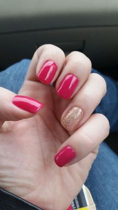 Let's talk pink gel polish with gold glitter gel polish accent nail.