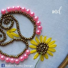 Wonderful Free bead embroidery patterns Popular Easy flower embroidery embellished with beads! By: Nakshi Katha Pearl Embroidery, Hand Embroidery Videos, Hand Embroidery Flowers, Couture Embroidery, Bead Embroidery Jewelry, Hand Embroidery Stitches, Beaded Embroidery, Beaded Jewelry, Couture Beading