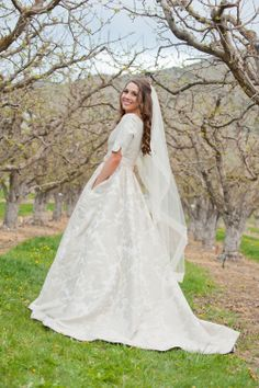 Modest wedding dress with pockets.  Photo: Cascio Photography