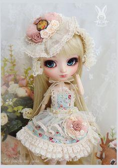 Handmade Blythe dress / pullip dress  : sweet-rose limited