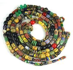 Gorgeous old Trade African Beads necklaces! African Beads Necklace, African Jewelry, Tribal Jewelry, Diy Jewelry, Beaded Necklace, Jewelry Making, Necklaces, Jewelery, African Trade Beads